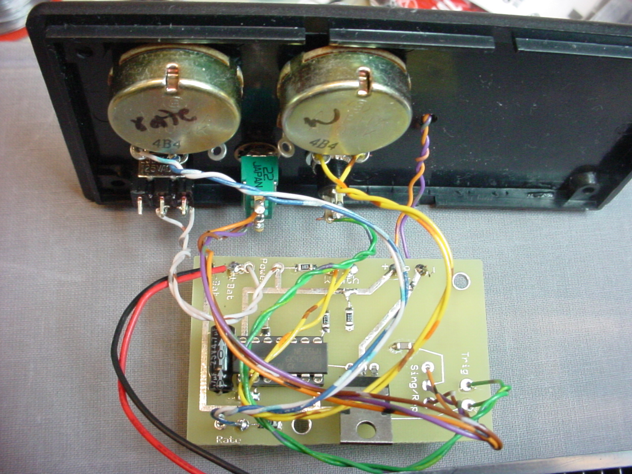 Led 555 Timers Bright Strobe Circuit And Battery Holder Tutorials
